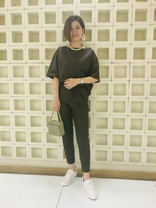 【otonaMUSE5月号掲載 佐田真由美さん着用】ストレッチリネンパンツ2