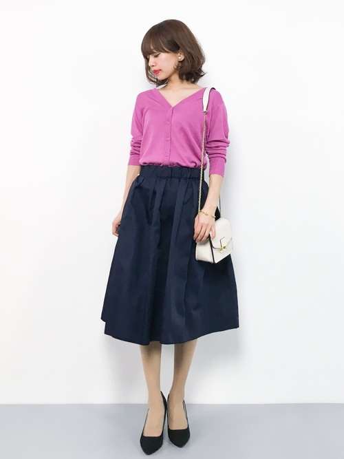 初夏 気温26度 服装 スカートスタイル