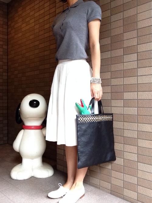 オフィスでOK!ポロシャツ×スカートコーデ