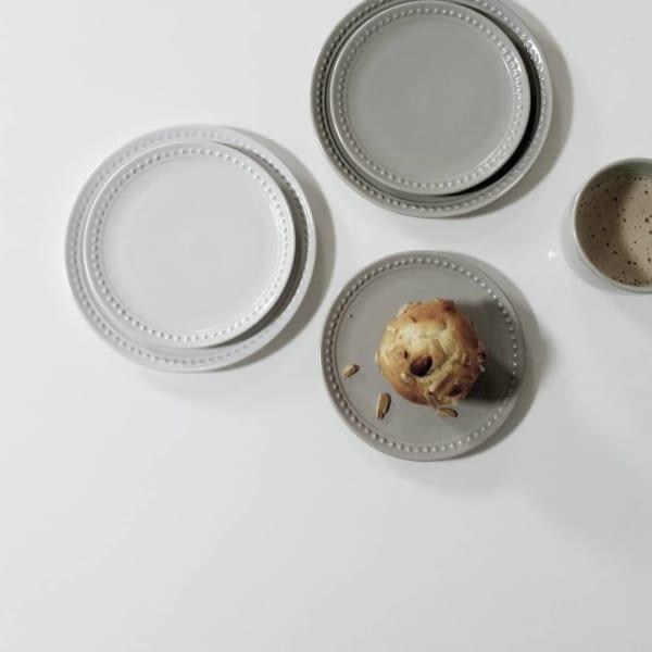 【ダイソー】ドットがキュートなお皿