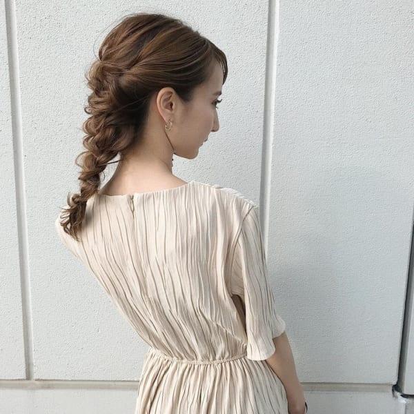 ミディアムのまとめ髪①ポニーテール11