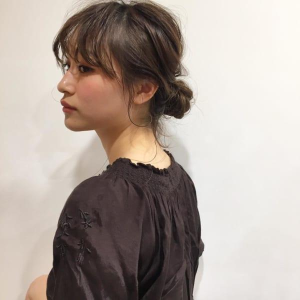 ミディアムのまとめ髪②シニヨン