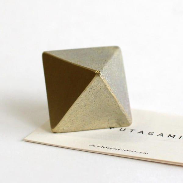 フタガミの真鍮のペーパーウエイト