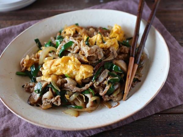 【レシピ付き】豚肉と半熟たまごのスタミナ炒め