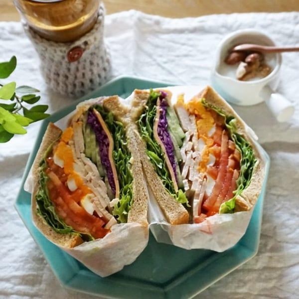 全粒粉のパンで栄養満点サンド