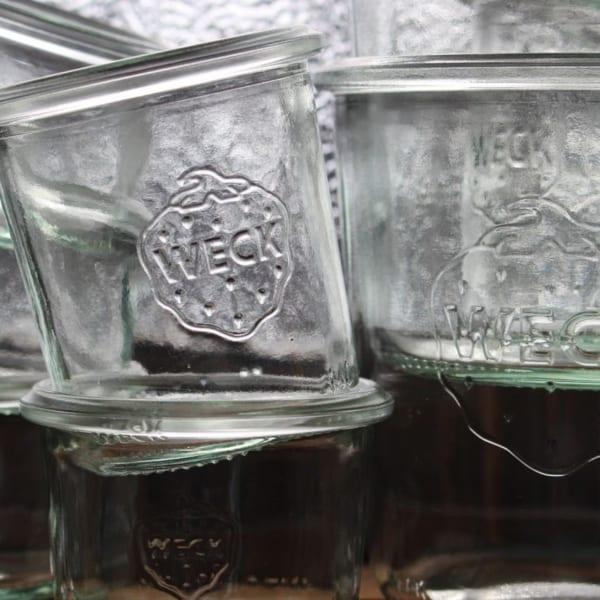 イチゴマークの保存容器
