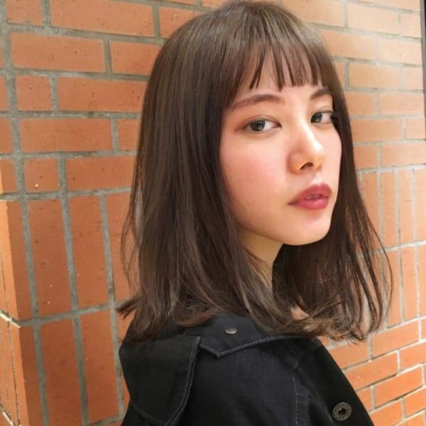 40代の【ミディアムヘア】×前髪あり 眉上ぱっつん前髪2