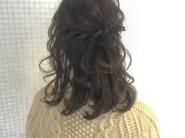 ミディアムのまとめ髪③ハーフアップ9