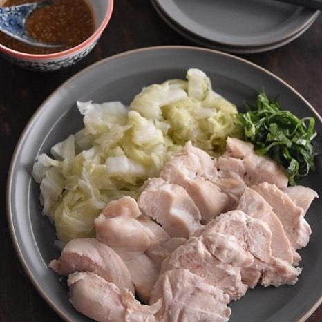 レンジで同時調理!簡単白菜のおひたしとサラダチキン