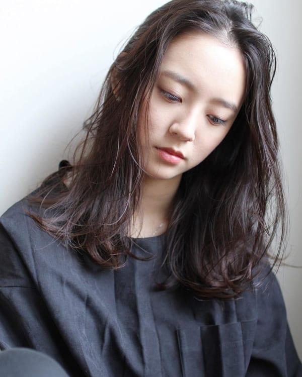 40代の【ミディアムヘア】×前髪なし ナチュラル2