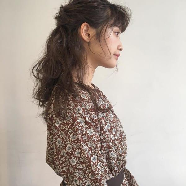 ロングヘアのまとめ髪③ハーフアップ8