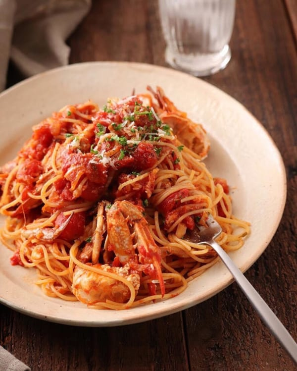 ワタリガニだらけ~のトマトスパゲティ