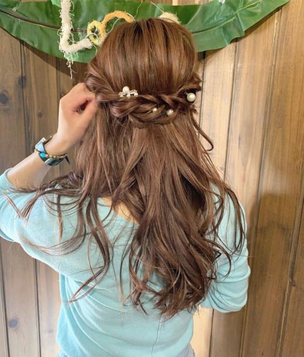 ロングヘアのまとめ髪③ハーフアップ9