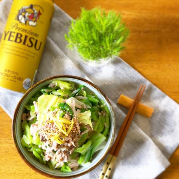 キャベツと生姜とサバ缶のサラダ