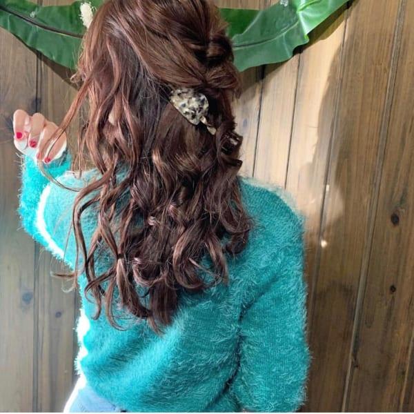 ロングヘアのまとめ髪③ハーフアップ10