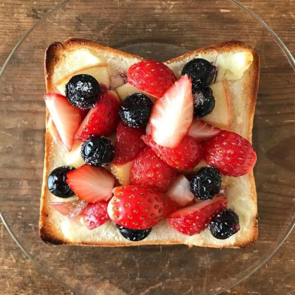 贅沢フルーツトースト