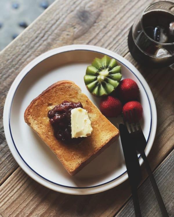 あんバタートースト&フルーツ添え