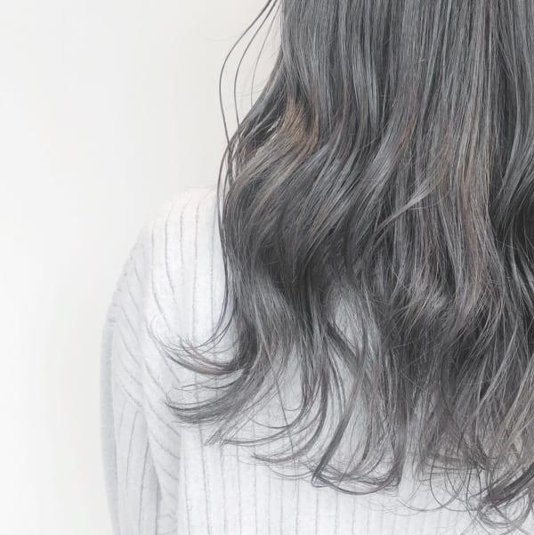 黒髪のようなツヤのレディーススタイル2