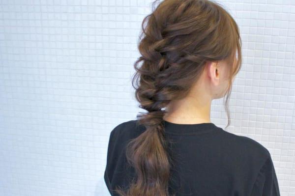 ロングヘアのまとめ髪④フィッシュボーン
