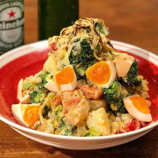 新じゃがとカリカリベーコンとブロッコリーの炙りチーズポテトサラダ 父の日