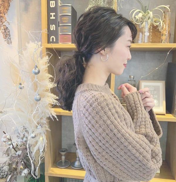 ロングヘアのまとめ髪①ポニーテール4
