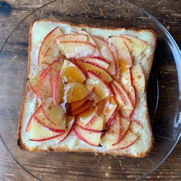 簡単りんごトースト