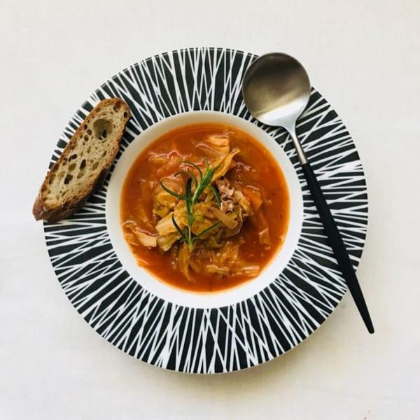 人気の材料で簡単サバ缶トマトスープ