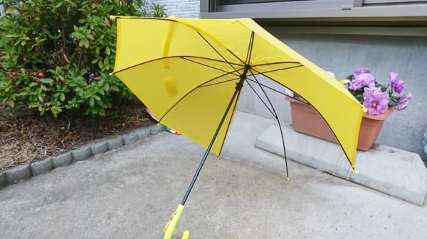 キッズサイズのビニール傘(セリア)