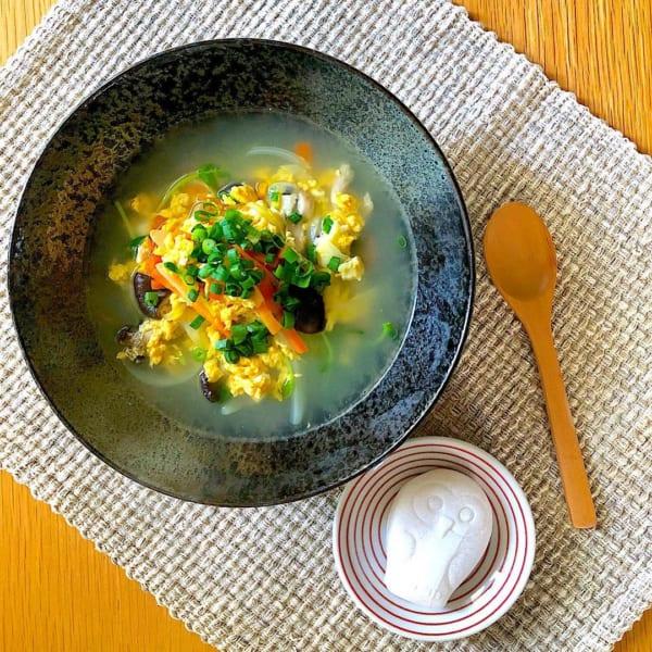 食べ応え抜群スープメニュー!霜降りひらたけと卵の中華スープ