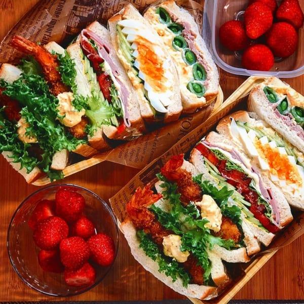 具材がたっぷり!サンドイッチ弁当
