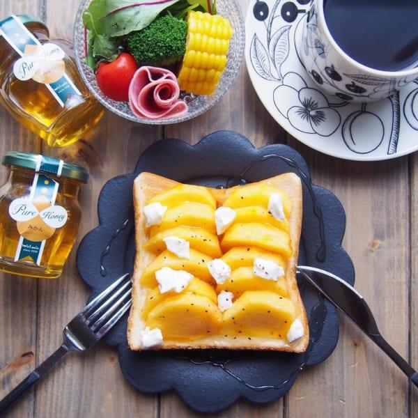 柿とクリームチーズのトースト