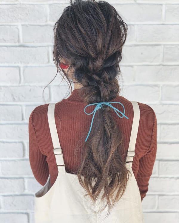 ロングヘアのまとめ髪①ポニーテール・編み込み5