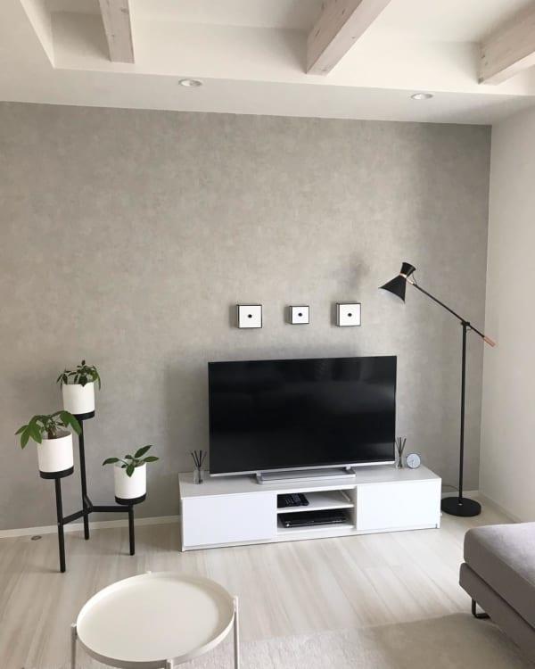 細長い脚の家具