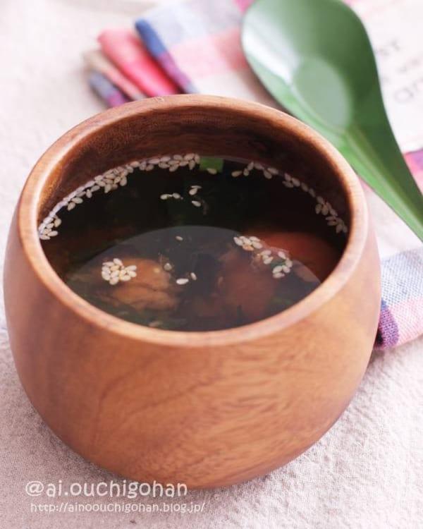 和風だしですぐできる!梅わかめスープ