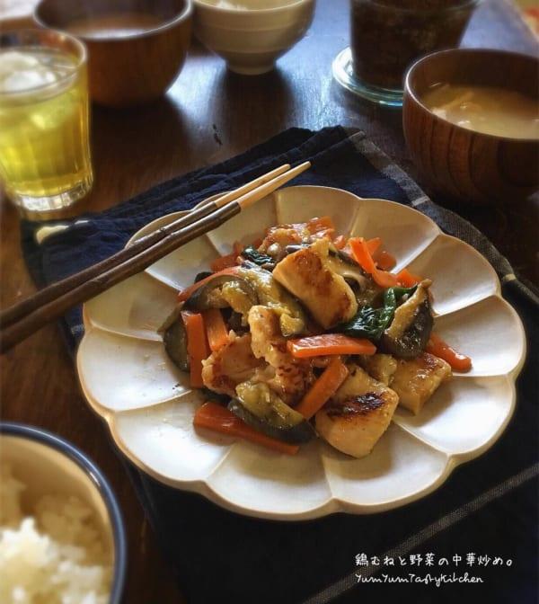 鶏むね肉と野菜の中華炒め