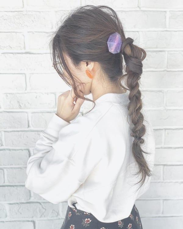 ロングヘアのまとめ髪①ポニーテール・編み込み7