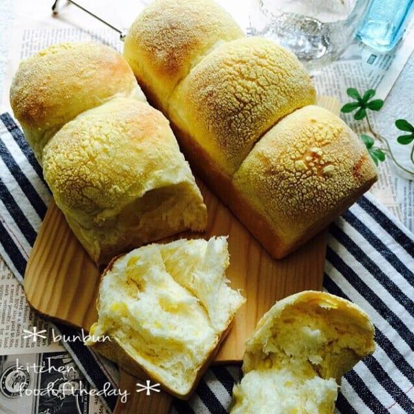 とうもろこし入りパン