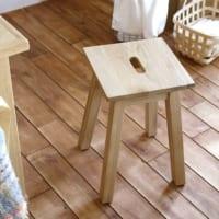 ちょっとした腰掛けにも踏み台にも◎暮らしに便利なスツールを♪