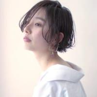 黒髪に近いアッシュカラーがトレンド♡透明感のある大人っぽスタイル特集!