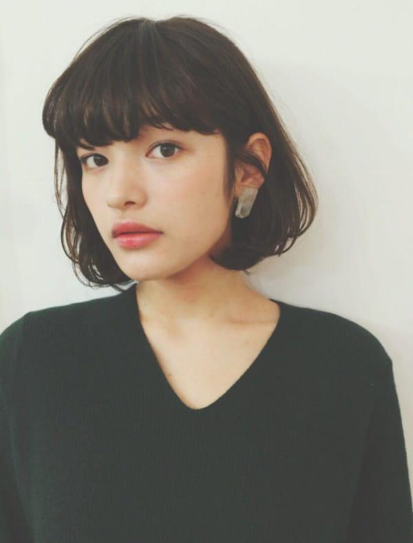 黒髪×ショートボブストレート 面長