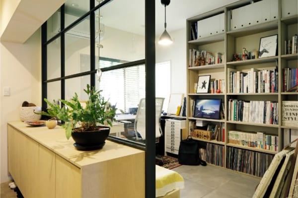 のくらし 明るいアトリエと開放的な居室空間2