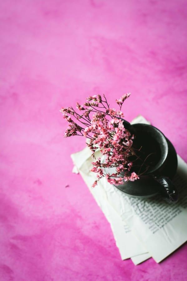 ピンクの生花を美しくあしらう10のアイデア10