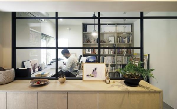 のくらし 明るいアトリエと開放的な居室空間