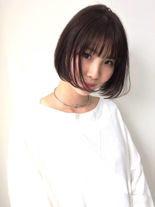 黒髪×ショートボブストレートの大人可愛いスタイル6