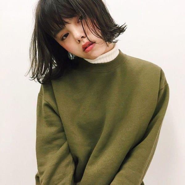 黒髪×ショートボブストレートのおしゃれな濡れ髪スタイル