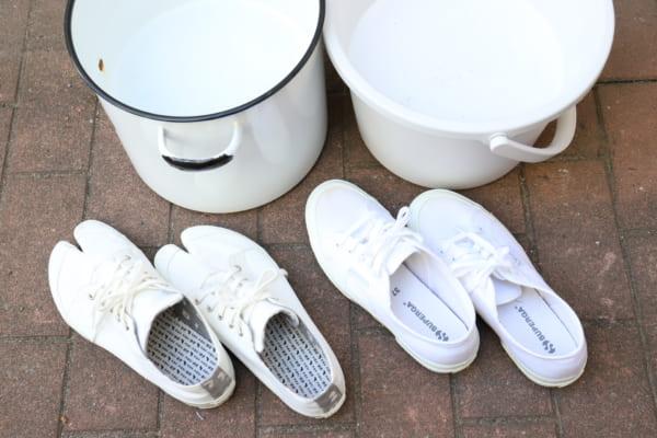 ダイソー オキシウォッシュとオキシフレッシュ 靴3