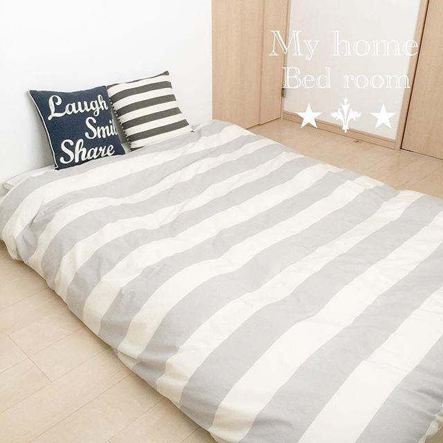 シンプルな寝室&ベッドレイアウト2
