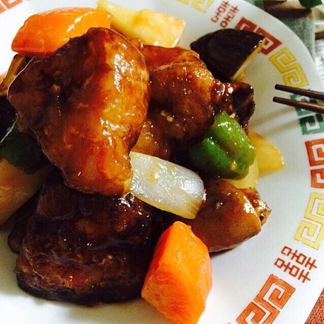 たっぷり豚肉とお野菜の酢豚