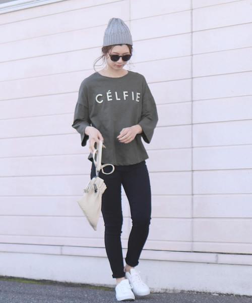 "[reca] 【スタッフおすすめ】ゆったりストレスフリーの着心地ロゴtシャツ ""CELFIE""2"