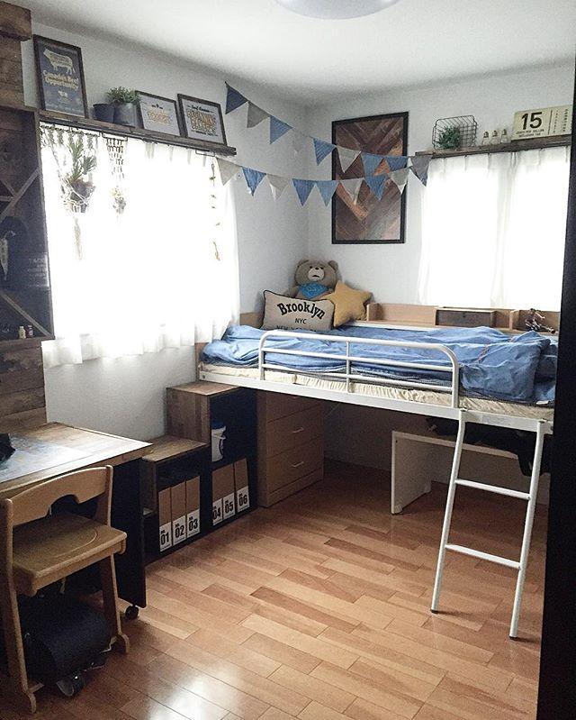ベッド付きの子供部屋
